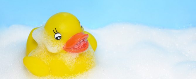 can mold grow on plastic - rubber ducky in bathtub